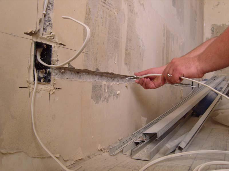 Демонтаж электропроводки кабеля