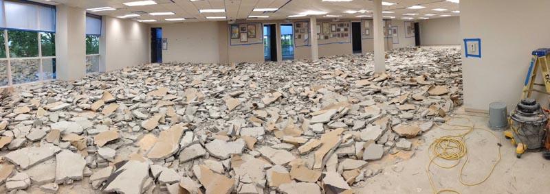 Демонтаж стяжки пола из бетона или цемента с песком
